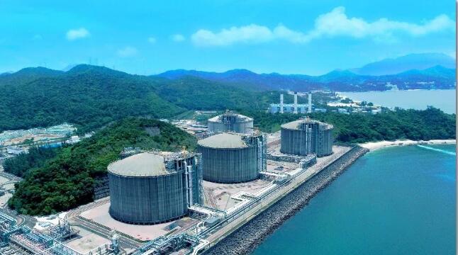 惠生海工获浮式液化天然气生产设施(FLNG) FEED合同