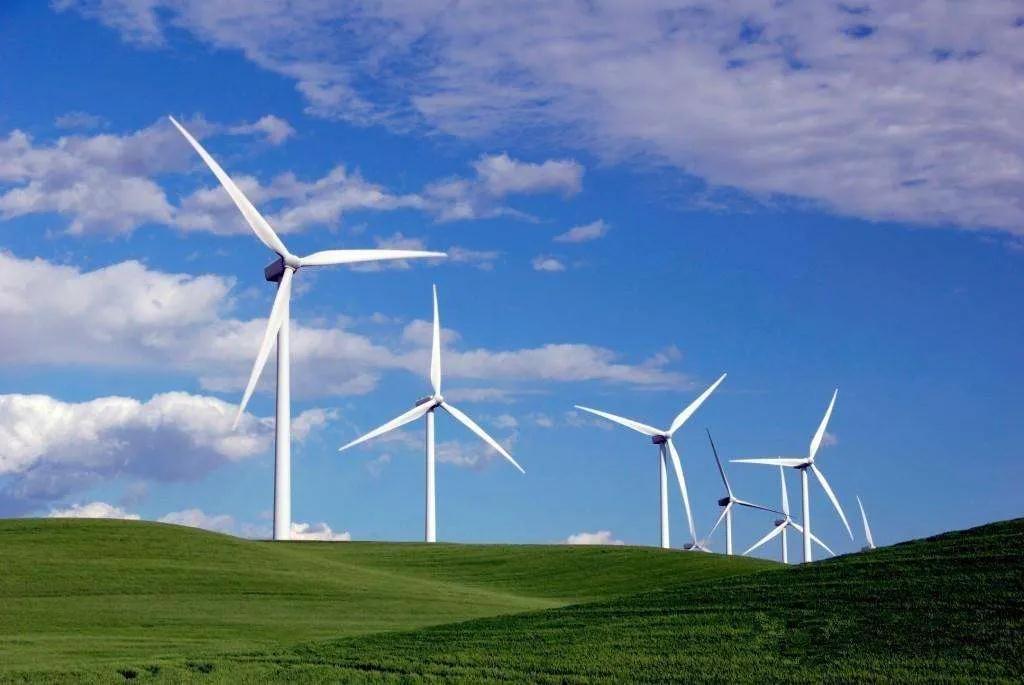 今日能源看点:国家发改委:支持民企积极投建新能源和大容量储能设施!四部门联合发布<em>煤矿生产</em>能力管理办法和核定标准!