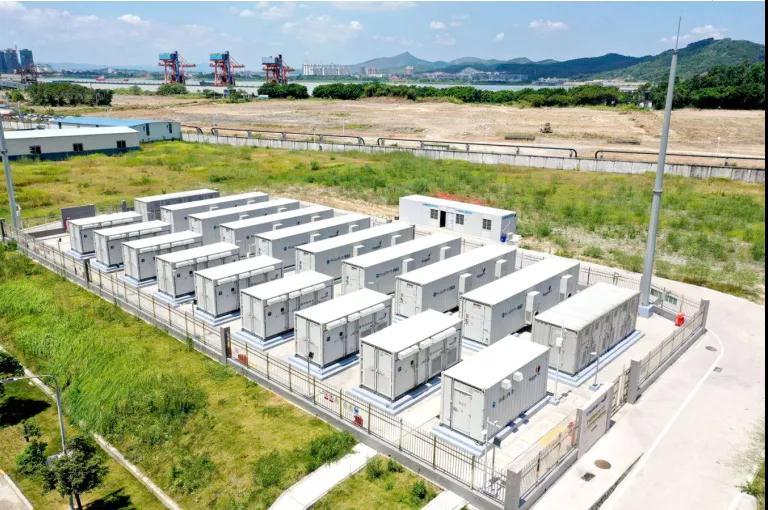 国际首套100MW压缩空气<em>储能示范项目</em>储热子系统开始安装