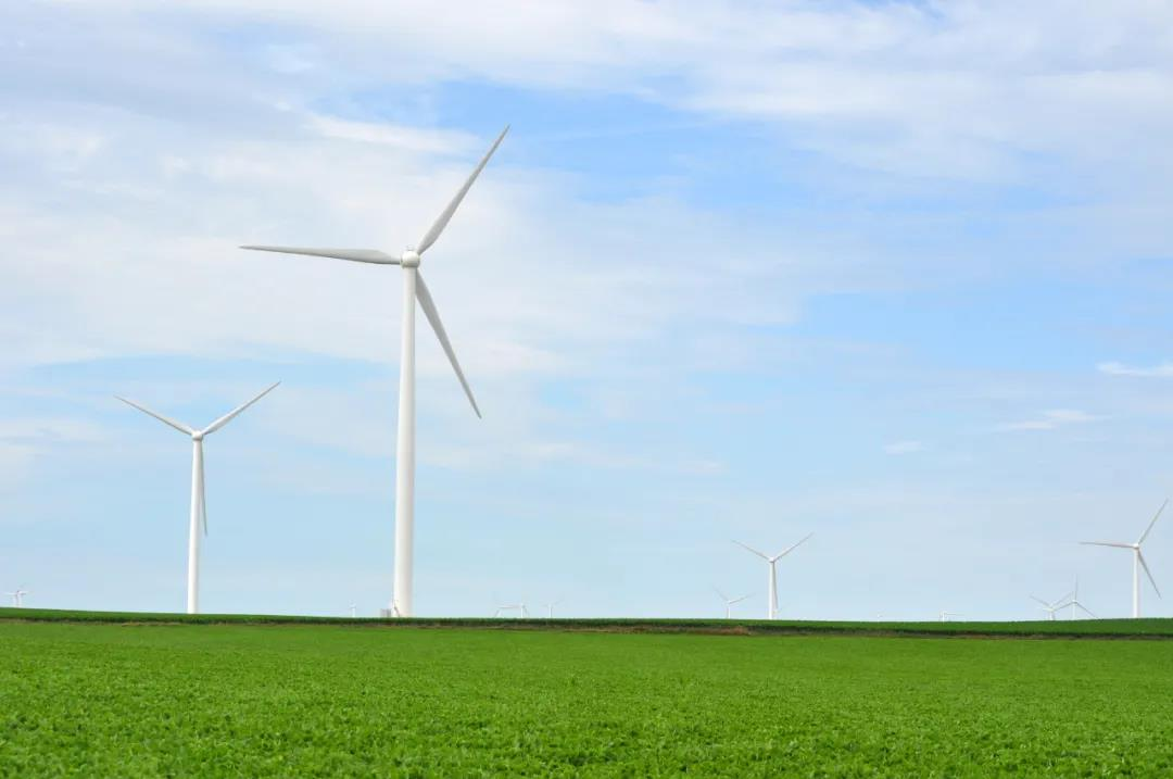 今日能源看点:国家能源局:光伏产业为全球市场供应了超过70%的组件!山东开展<em>储能示范应用</em> 明确风光配储及调峰调频要求!