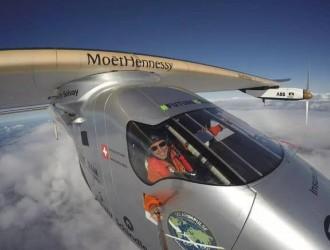贝特朗的太阳能环球飞行:旅程结束但通往可持续发展之旅刚刚开始