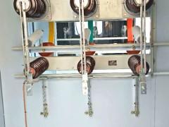 35KV带隔离开关电缆分接箱二进一出进线带隔离