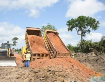 科特迪瓦波波里水电站一期围堰开始填筑