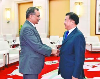 王宜林会见印度石油公司董事长<em>桑吉</em>夫·辛格商谈合作事宜