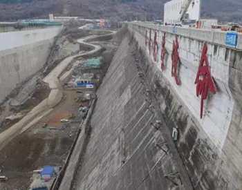 吉林丰满水电站原坝将爆破 新坝明年5月投入使用
