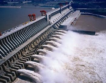 江苏<em>句容抽水蓄能电站</em>下水库大坝进入坝体填筑阶段