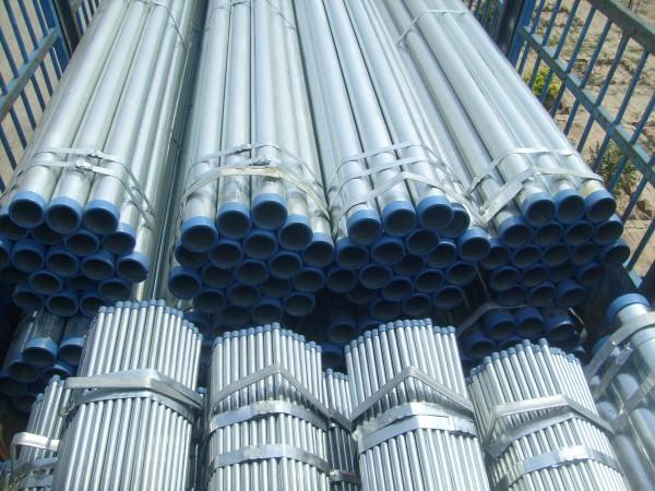 沧州供应镀锌管两端车螺纹热镀锌钢管供应