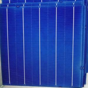 拆卸旧太阳能板 光伏组件 电池片回收151956