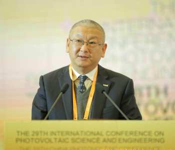 隆基股份总裁李振国:PVSEC是全球性<em>光伏</em>盛会 期待未来绿能世界