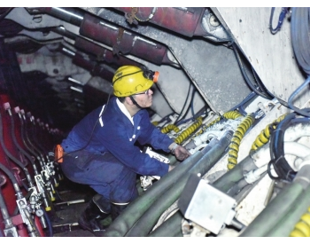 川煤第一个大倾角的智能化综采工作面在大宝顶矿启动