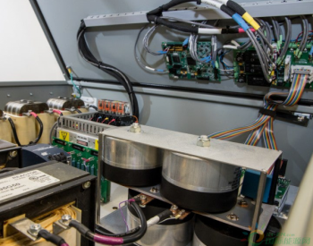 美国橡树岭国家实验室致力开发<em>梯次利用电池</em>控制系统 或将助电网保持平衡