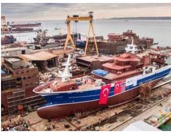全球首艘电池<em>LNG</em>混合动力渔船下水