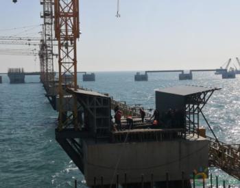 山东港口青岛港董家口港区原油码头二期工程复工建设