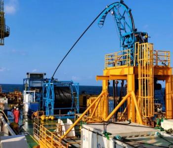中国首套3.5寸大管径连续油管作业橇组在南海油田成功应用