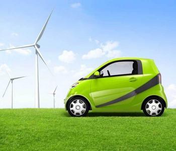 <em>新能源车</em>补贴延长两年 国家三大举措促汽车产业发展