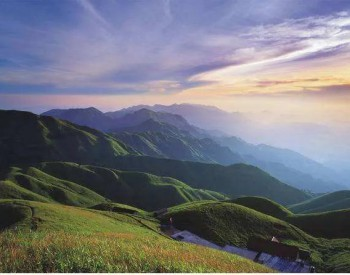 9省最新规划透露光伏市场态势:江西2023年光伏