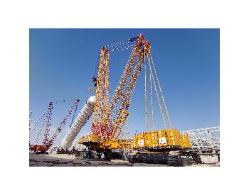 中国石化4000吨起重机在阿曼完成最长设备吊装