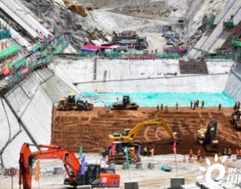 世界第一高坝大渡河公司双江口大坝启动填筑