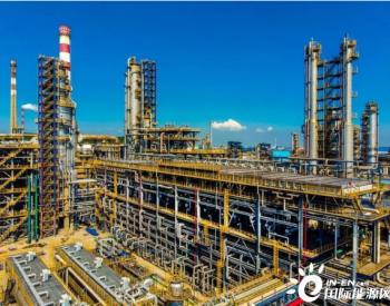 汽油销量回升9成,<em>中国</em>石化:正逐步走出最困难时期