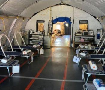 美国电池企业为美墨边境的流动医院部署新能源<em>微电网</em>