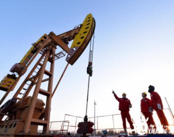 全国首例深层底水砂岩二氧化碳驱油试验在西北油田开启
