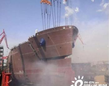 沪东中华中船租赁LNG项目首制船主甲板成功贯通
