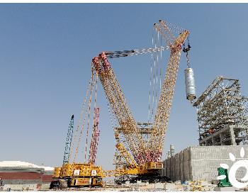 石化起运公司圆满完成<em>阿曼</em>项目首台焦炭塔吊装任务