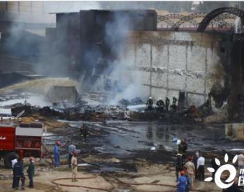 埃及一<em>输油管道</em>发生泄漏引发火灾致17人受伤