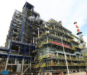 全国规模最大轻烃芳构化<em>装置投产</em>成功