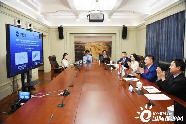澳门新葡亰平台游戏APP重磅!上海电气总包迪拜五期900兆瓦光伏项目 郑建华阿布拿杨代表双方签字