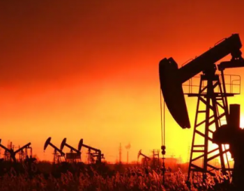美原油料结束四周连阳!市场结构重回期货溢价,警惕空头布局大动作