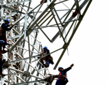 川南城际铁路泸州段供电线路加紧架设 预计9月转入输电线路放线施工阶段