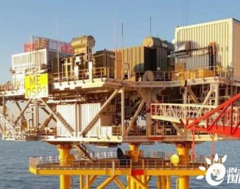 1200吨<em>海上升压站</em>在英国吊装完毕!
