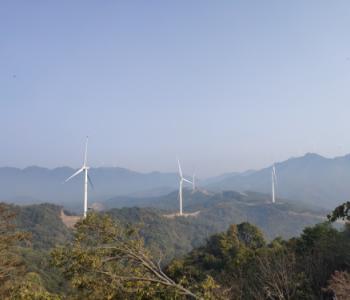 三门峡岭南50兆瓦<em>风电场</em>顺利实现全容量并网<em>发电</em>