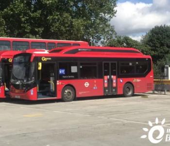 双向充电时代:不使用时,伦敦车库电动巴士还可用于发电