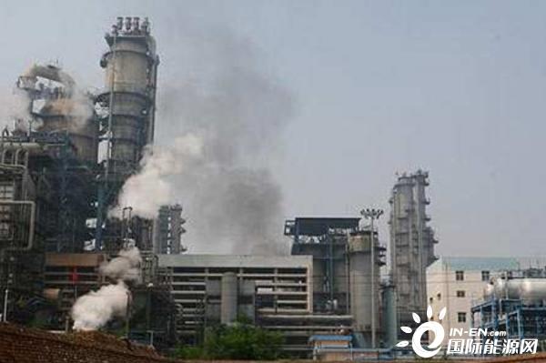 云南石化首创油泥回炼处理方法
