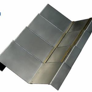 鼎泰VMC850加工中心钢板防护罩工作效果