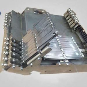 台正光机VMC1060加工中心导轨钢板伸缩防护罩
