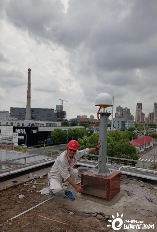 上海电网22天完成10座北斗基站建设