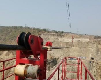 刚果(金)布桑加水电站大坝工程20吨缆机投入运行