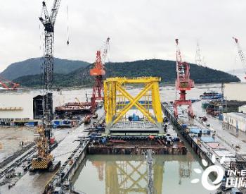 中国能建浙江火电完成嘉兴2号海上<em>风电</em>千吨最大最重设备运装