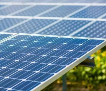 国华100MW光储项目集采招标:逆变器容配比不高于1.2、440W+单晶双面<em>双玻组件</em>