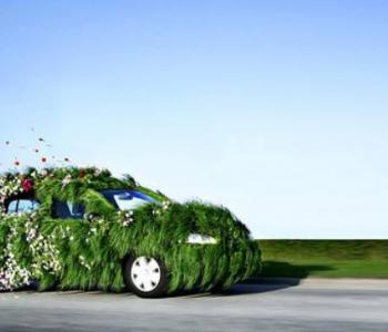 互为生态圈关键变量的汽车与<em>能源</em>