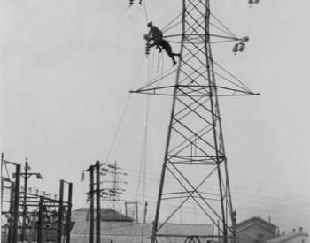 战场外的英雄苏发成:在美军飞机扫射中架设电线
