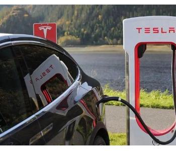 江苏倡议买<em>新能源</em>车 年底每两车配一根充电桩