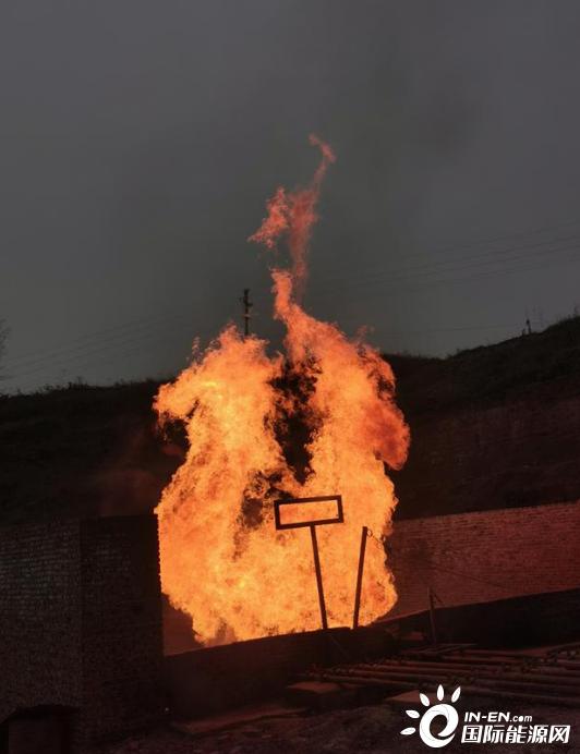 日产7.5万方、页岩油9.8立方米,中国石化在重庆获高产页岩油气井