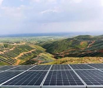 <em>侯金龙</em>出任华为数字能源董事长 能源革命十大趋势要把未来变现在