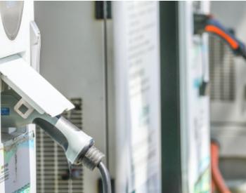 买车容易充电难,新能源车产业到底需要多少充电桩?