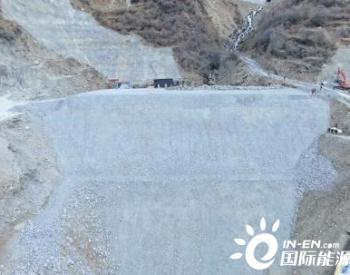 拉哇水电站必英沟挡水坝提前14天封顶