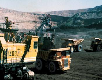 <em>国家能源集团</em>两个露天煤矿位居全国煤矿产量前列